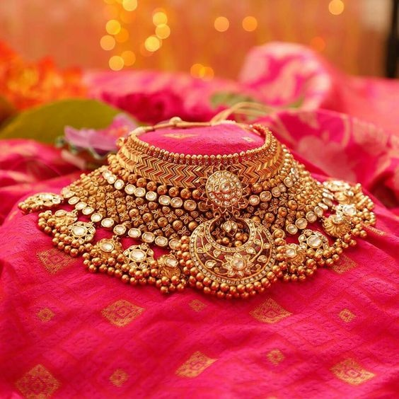 Traditional Necklace Set Online Shopping,